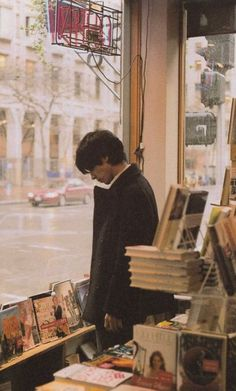 """Christopher in Evangeline's bookstore. """"I should control books, not wind, earth, fire and water. I would use the power of books MUCH more. Story Inspiration, Writing Inspiration, Character Inspiration, Urbane Fotografie, Foto Portrait, Chiba, Daegu, Film Photography, Light In The Dark"""