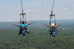 Zip Lining through the Pocono Mountains at Camelback Mountain Adventures! #PoconoMtns