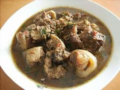 Goat meat pepper soup Goat Recipes, Cooking Recipes, Liver Recipes, Stuffed Pepper Soup, Stuffed Peppers, Nigeria Food, Cameroon Food, Ghanaian Food, West African Food