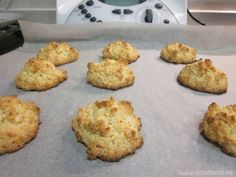 Almendrados Thermomix Más Kinds Of Desserts, Tasty, Yummy Food, Bread Machine Recipes, Bon Appetit, My Recipes, Catering, Deserts, Muffin