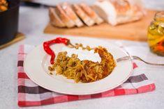 Reteta Varza a la Cluj din Carte de bucate, Mancaruri. Specific Romania. Cum sa faci Varza a la Cluj Grains, Food And Drink, Rice, Knives, Agriculture, Fine Dining, Seeds, Korn