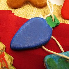 Salt Dough Christmas Ornaments  OMG make our own garland for the trree!!!
