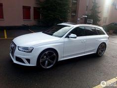 2014 Audi RS4 Avant Audi Wagon, Audi Rs6, Car Stuff, Luxury Cars, A4, Transportation, Automobile, Aesthetics, Vehicles