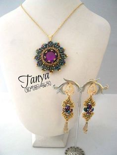 Gorgeous Anais Brooch as a pendant (and those gorgeous earrings...) beaded by Tanya Perez. Thank you for sharing!