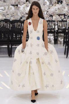 Dior Haute Couture Fall 2014 [Photo by Giovanni Giannoni]