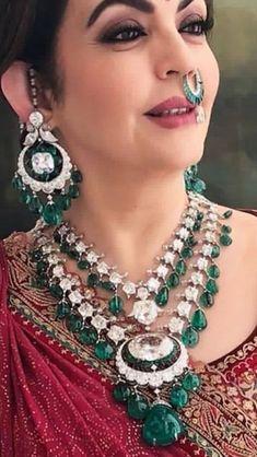 Worn by Nita Ambani Bhagat Mumbai. Worn by Nita Ambani Royal Jewelry, India Jewelry, Emerald Jewelry, Diamond Jewellery, Diamond Choker Necklace, Bead Jewellery, Gold Jewelry, Bridal Jewelry Vintage, Indian Wedding Jewelry