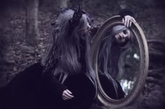 Model: MARIMOON Photo: Lua Morales Welcome to Gothic and Amazing |www.gothicandamazing.com