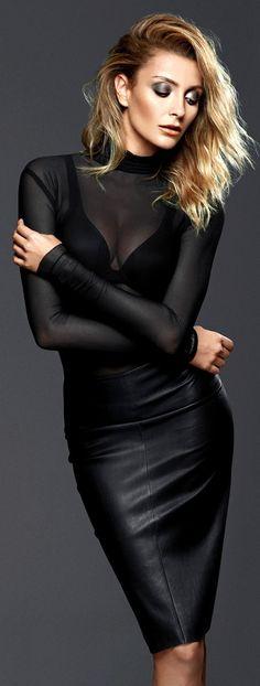 Leather Skirt Ozge Ulusoy by Koray Parlak for Bestyle Magazine Blond, Hobble Skirt, Black Magic Woman, Leather Dresses, Leather Skirts, Fashion Moda, Women's Fashion, Leather Design, Leather Fashion