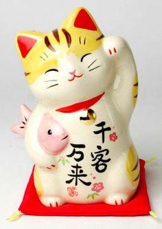Cute maneki neko ceramic