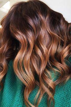 Honey Brown Hair, Brown Blonde Hair, Red Hair, Hair Color Highlights, Hair Color Dark, Brunette Fall Hair Color, Hair Color For Warm Skin Tones, Dark Fall Hair, Fall Hair Color For Brunettes