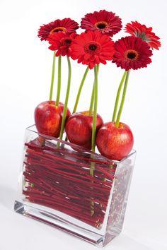 Komisch und sehr kreativ! | #Rot | #Gerbera | #Apfel