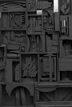 Louise Nevelson – ARTPIL Louise Nevelson, Painted Staircases, Painted Stairs, Spiral Staircases, Joseph Cornell, Museum Exhibition, Art Museum, A Level Art Sketchbook, Monochrome