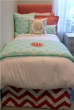 Black And White Chic And Sophisticated Dorm Room Bedding