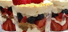 Zomerse toetjes met mascarpone slagroom - Heerlijke Happen Veggies, Desserts, Food, Bbq, Deserts, Mascarpone, Mocha, Tailgate Desserts, Barbecue