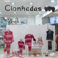 ¡Deliciosas prendas de dormir! Clonhadas cuenta con una trayectoria en el mercado de 13 años con presencia a nivel nacional e internacional y se dedica al diseño, confección y comercialización de prendas de dormir para toda la familia. http://www.elretirobogota.com/esp/?dt_portfolio=clonhadas
