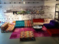 From the Roche Bobois showroom in Münich (Von-der-Tann Straße). The Mah-Jong sofa by H.Hopfer. Missoni fabrics <3