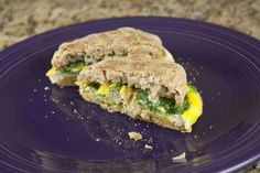 Easy breakfast sandwiches...you can freeze 'em too!