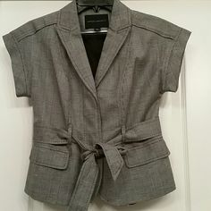Banana Repulic blazer This item is brand new without tags. It's very well made. The details are devine! Shell: 57% cotton and 43% linen. The lining: 100% polyester. Stylish addition to your closet! Banana Republic Jackets & Coats Blazers