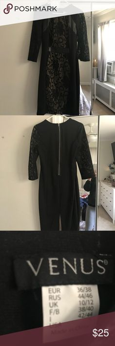 Venus Women's/Juniors Dress Such a nice dress for a wedding or any occasion. Size small. Worn once! Fits nice around the waist too. VENUS Dresses
