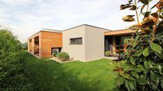 archiweb.cz - Rodinný dom CLT 10 Porches, Shed, Outdoor Structures, Facades, Houses, Front Porches, Porch, Verandas, Porticos