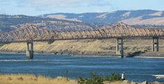 The Dalles... we're officially on the Oregon Trail! We feel just like Lewis & Clark!