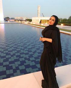 Cherche fille hijab. Abaya, Jilbab, Djellaba, Hijab - Vêtements musulmane - Nabira