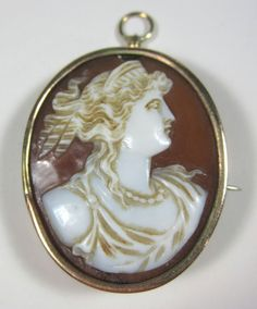 Antique Victorian Carved Shell Cameo 10K Gold Jewelry Brooch Pin