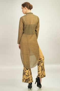 #Beige Georgette Printed Top with Printed Pant #look #chic #fashion #ethnicwear
