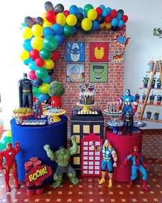 Let's party! The best birthday party and themed party decorations. Hulk Birthday Parties, Birthday Table, Superhero Birthday Party, 4th Birthday, Avenger Party, Spider Man Party, Avengers Party Decorations, Birthday Party Decorations, Super Hero Decorations
