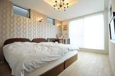 ホテルライクなインテリアが魅力的な主寝室