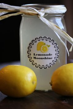 Easy to make and so delicious flavored Slow Cooker Crock Pot Lemonade Moonshine Recipe perfect for summer parties, barbecues, or as a DIY Birthday gift. Only a few ingredients including Everclear and lemons are needed party Cherry Pie Moonshine Recipe, Lemonade Moonshine Recipe, Flavored Moonshine Recipes, Party Food And Drinks, Fun Drinks, Yummy Drinks, Alcoholic Beverages, Liquor Drinks, Mixed Drinks