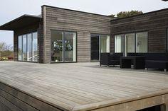 Huset får en vacker grå färg med tjärvitriol