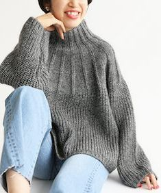 IENA Sweater Knitting Patterns, Knitting Designs, Knit Fashion, Cardigans For Women, Girls Sweaters, Bonnet, Poncho Sweater, Crochet Clothes, Knitwear