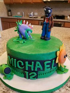 Plants and Zombies inspired cake, Deb's