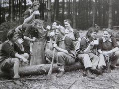 taking a break .. the women's land army, WWII ...