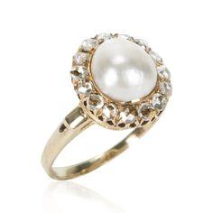 Item Details GEMSTONE(S) Cultured Pearl, Diamond MAIN GEMSTONE CARAT WEIGHT 9.31 X 8.08 mm TOTAL GEMSTONE CARAT WEIGHT 0.15 ctw MAIN GEMSTONE SHAPE Slight Baroque MAIN GEMSTONE CUT Half-Drilled GEMSTO