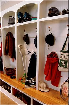 This is a really cool way to stay organized in your mud room/entrance room.