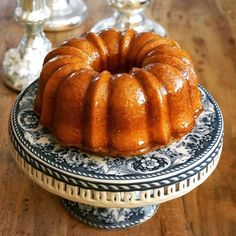 Honey Bundt cake for Rosh Hashanah. I love that cake stand, too. Honey Cake, Nordic Ware, Rosh Hashanah, Milk And Honey, Yummy Cakes, Bundt Pans, Pumpkin, Vegetables, Recipes