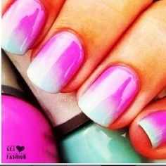 Ombre nails #fashion #246fashion #nails #trends