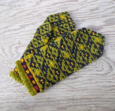 Hand knitted wool mittens for adult knitted by peonijahandmadeshop