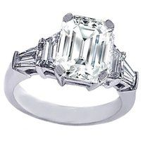 Emerald Cut diamond Engagement Ring with trapezoids and baguettes