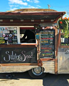 5 Tips for Having a Food Truck at Your Wedding Pizza Wedding, Food Truck Wedding, South Korean Food, Korean Street Food, Types Of Desserts, Types Of Food, Personal Pizza, Korean Dessert, Coffee Menu