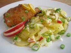 Omas echter Berliner Kartoffelsalat, ein leckeres Rezept mit Bild aus der Kategorie Kartoffel. 1.056 Bewertungen: Ø 4,6. Tags: Deutschland, Europa, gekocht, Kartoffel, Party, Salat, Vegetarisch
