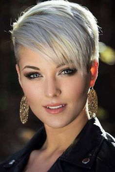 Kurze Haare - Human Hair Capless Wigs Human Hair Straight Pixie Cut Side Part Short Machine Ma. Short Pixie Haircuts, Short Hairstyles For Women, Short Hair Cuts, Bob Hairstyles, Straight Hairstyles, Layered Hairstyles, Formal Hairstyles, Sassy Haircuts, Blonde Pixie Cuts