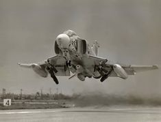 Phantom Phanatic — globalairforce: U. Military Jets, Military Aircraft, Air Fighter, Fighter Jets, F4 Phantom, Aircraft Design, Fighter Aircraft, Vintage Design, War Machine