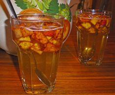 Apfelwein - Bowle, ein schönes Rezept aus der Kategorie Bowle. Bewertungen: 21. Durchschnitt: Ø 4,0.