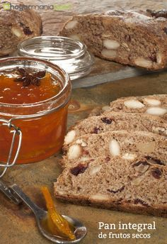 Pan integral de frutos secos, una receta de Bruno Oteiza. Healthy Snaks, Vegan Bread, Pan Dulce, Food Decoration, Empanadas, Vegetarian Recipes, Breakfast Recipes, Bakery, Good Food