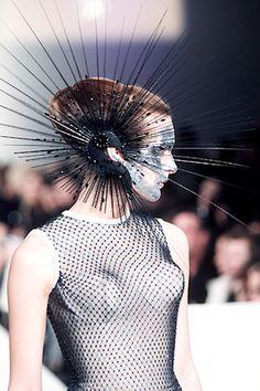 Avant Garde Headdress by Philip Treacy in Philip Treacy Hats, Body Adornment, Kentucky Derby Hats, Ex Machina, Fashion Art, Fashion Design, Fashion Fashion, Victorian Fashion, Gothic Fashion