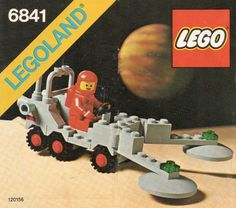 Thousands of complete step-by-step printable older LEGO® instructions for free. Here you can find step by step instructions for most LEGO® sets. Vintage Lego, Vintage Space, Legos, Lego Lego, Lego Space Sets, Lego Boxes, Lego Kits, Astronaut Party, Free Lego