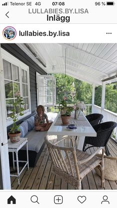 Building Plans, Building A House, Little White House, Backyard Greenhouse, Screened In Porch, Outdoor Furniture Sets, Outdoor Decor, House In The Woods, Cladding